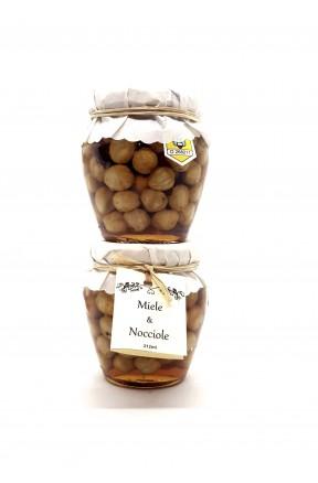 Miele di castagno biologico con nocciole di Calabria di Fragiacomo