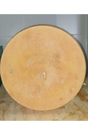 Formaggio stagionato di capra a latte crudo 500gr di Santanna Maria Procopio
